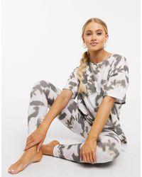 ASOS – Pyjama mit T-Shirt und Leggings - Mehrfarbig