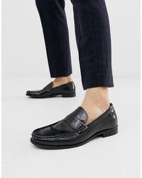 Farah Leather Loafer In Black