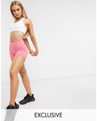 PUMA - Розовые Шорты Training Эксклюзивно Для Asos-розовый Цвет - Lyst