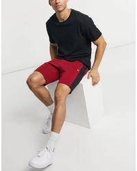 Lyle & Scott Sport - Short color block en polaire technique - Rouge