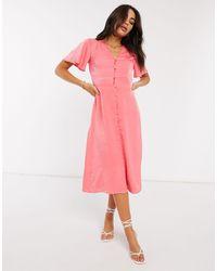 Warehouse - Атласное Платье Миди Кораллового Цвета С Пуговицами -розовый - Lyst