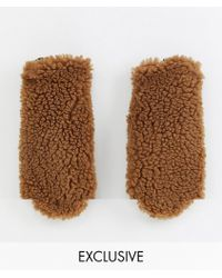 Monki Shearling Mittens In Brown