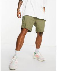 Weekday Mash Linen Shorts - Green