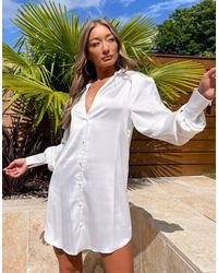 ASOS Свободное Атласное Платье-рубашка Мини С Глубоким Вырезом - Белый