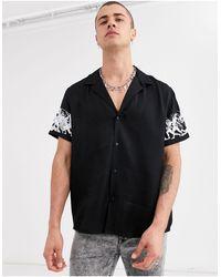 Heart & Dagger Shirt With Sleeve Print - Black