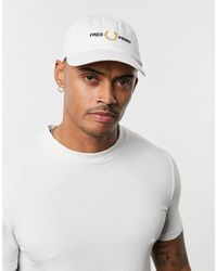 Fred Perry Embroidered Graphic Cap - White