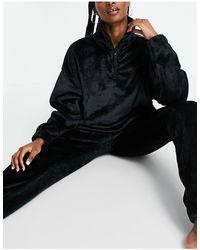ASOS Lounge Super Soft Fleece Zip Up Sweatshirt & Joggers Set - Black