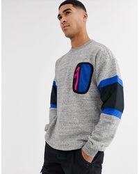 Converse – Mountain Club – Kalkgraues Sweatshirt mit Rundhalsausschnitt und aufgesetzter Tasche
