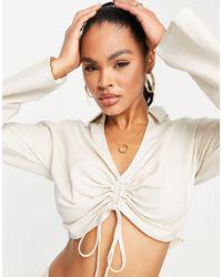 In The Style X yasmin chanel - chemise courte froncée d'ensemble - crème - Blanc