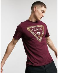 Guess T-shirt With Gold Chest Logo - Red