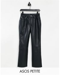 ASOS ASOS DESIGN – Petite – '90er' Kunstleder-Hose mit geradem Bein und mittelhohem Bund - Schwarz