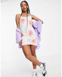 Weekday – mia ‐ camisole-minikleid aus bio-baumwolle mit blumenmuster - Mehrfarbig