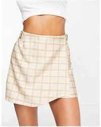 Another Reason Mini-jupe portefeuille avec boucle - Carreaux jacquard - Neutre