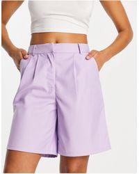 Pieces Pantaloncini sartoriali taglio lungo lilla - Viola