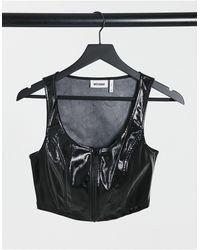 Weekday Camiseta negra son mangas - Negro