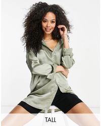 Missguided - Шалфейно-зеленая Атласная Oversized-рубашка -зеленый Цвет - Lyst