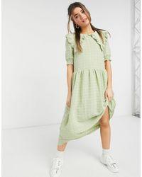 Monki Vestido semilargo verde con detalle