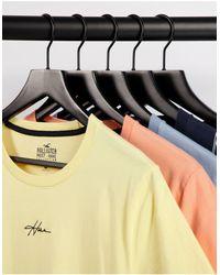 Hollister Confezione da 5 T-shirt multicolore con logo centrale piccolo