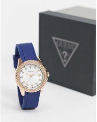 Guess – Armbanduhr mit blauem Armband