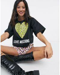 Love Moschino Top corto nero con cuore leopardato e logo