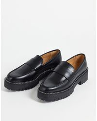 & Other Stories Leather Chunky Sole Loafer With Contrast Stitch - Black