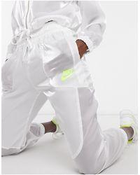 Nike – Air – Transparente Jogginghose - Weiß