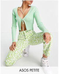 ASOS Asos Design Petite Mid Rise '90's' Straight Leg Daisy Print Jean - Green