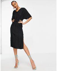 Y.A.S - Платье Миди Черного Цвета С V-образным Вырезом И Поясом -черный Цвет - Lyst