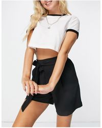 New Look Tiered Front Short - Black