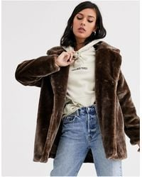 Monki Short Faux Fur Jacket - Brown