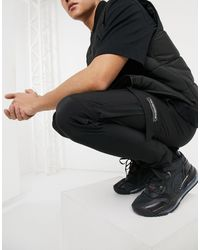 The Couture Club Slim Fit Textured Cargo Trackies - Black