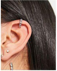 TOPSHOP Curb Chain Ear Cuff - Metallic