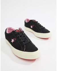 f86eacdeba Lyst - Vans Hello Kitty Slip On Plimsolls in Pink
