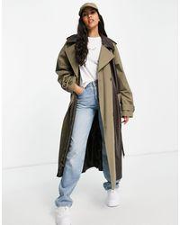 ASOS Trench-coat en similicuir effet coupé-cousu - Marron - Multicolore