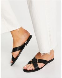 Glamorous Cross Strap Flat Sandals With Gold Ring - Black