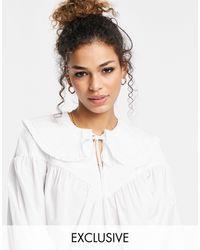 Ghost Blusa blanca con cuello tipo babero - Blanco