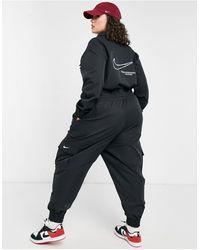 Nike Черный Комбинезон В Утилитарном Стиле С Логотипом-галочкой Plus-черный Цвет