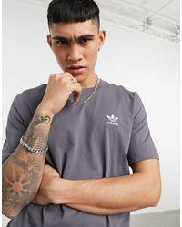 adidas Originals Темно-серая Меланжевая Футболка С Маленьким Логотипом Essentials-серый