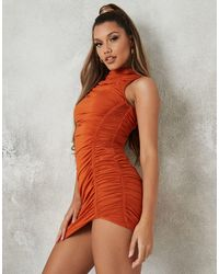 Missguided - Vestito aderente accollato color ruggine - Lyst