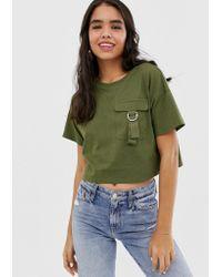 ASOS Cropped T-shirt Met Utility-zak - Groen