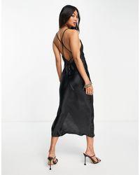 ASOS - Черное Платье-комбинация Миди Со Шнуровкой На Спине Из Очень Блестящего Атласного Материала - Lyst