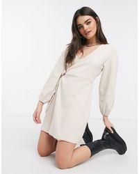 Fashion Union Robe cache-cœur confort courte en jersey brossé - Neutre