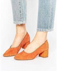 Mango Suede Block Heel Court Shoe - Orange