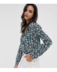 Esprit Marineblaue Bluse mit Gänseblümchenmuster