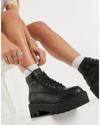 LAMODA Chunky Hiker Boots - Black