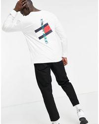 Tommy Hilfiger Белый Лонгслив С Вертикальным Логотипом На Спине И Рукаве