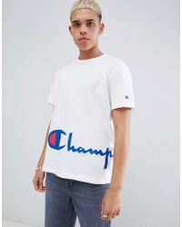 a27ae42ef Champion - Reverse Weave T-shirt With Large Script Hem Logo In White - Lyst