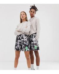 Collusion Pantalones cortos estilo bóxer unisex con teñido anudado y estampado de calavera - Negro