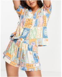Chelsea Peers Пижама Из Экологического Трикотажа С Рубашкой С Отложным Воротником И Шортами С Принтом Открыток -multi - Многоцветный