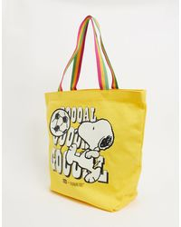 Levi's X Snoopy Goal Tote Bag - Yellow
